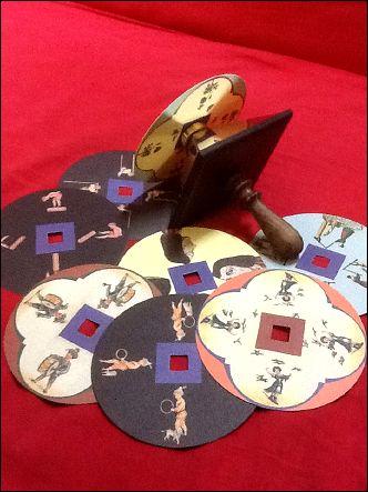 La Toupie FANTOCHES classique et ses disques