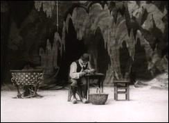 L'antre de la sorcière - a film by Segundo de Chomón - 1906 - 7 min