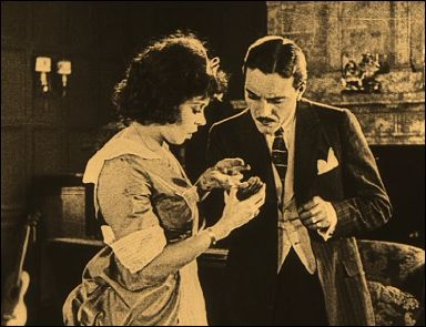 SEVEN YEARS BAD LUCK (Sept ans de malheur - 1921) - un film de Max LINDER - Photogramme