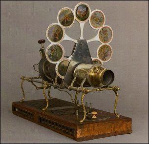 Lanterne de projection avec passe-vue en fonte d'aluminum et lampe à arc électrique, Cincinnatti, Ohio James Pettibone - 1888