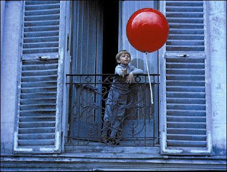 LE BALLON ROUGE - un film d'Albert LAMORISSE (1956) - image