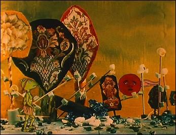 LE CRAPAUD CHEZ SES BEAUX-PARENTS 2 : L'ORANGE BLANCHE (1992 - 14 min)